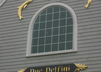 Due Delfini Quarterboard